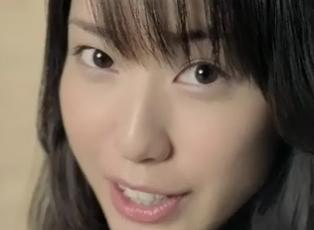 戸田恵梨香 カップヌードルライト